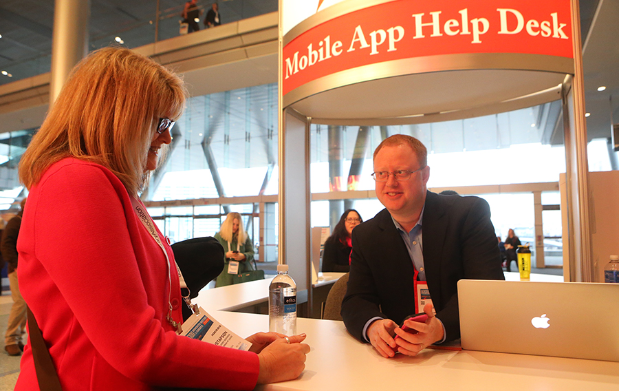 CadmiumCD co-founder, Peter Wyatt, provides app assistance to an attendee at ALA Midwinter 2016.